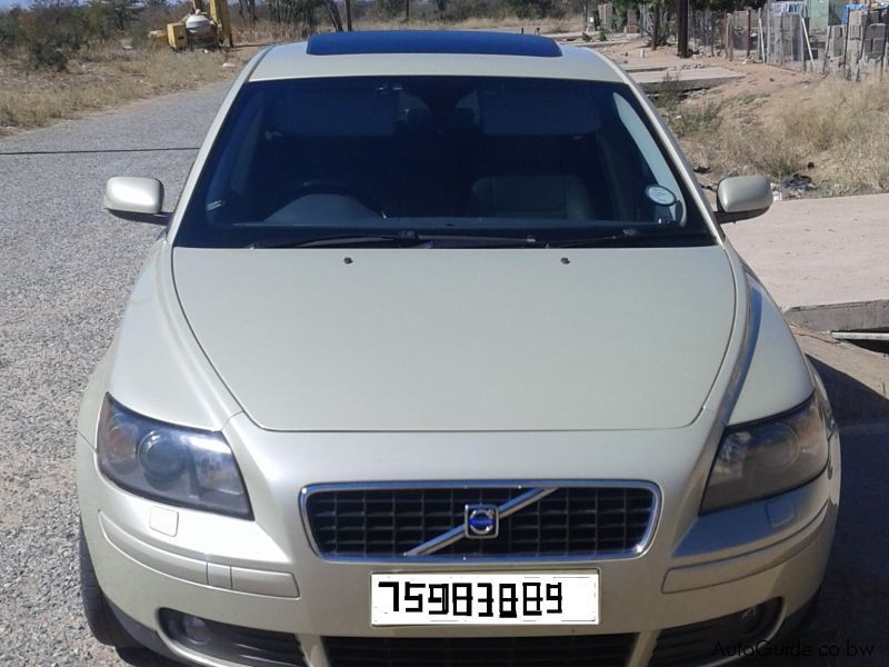 Pre-owned Volvo S40 2,5 T5 for sale in