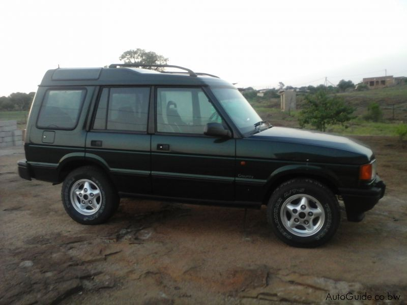 Pre-owned Land Rover Discovery V8 for sale in