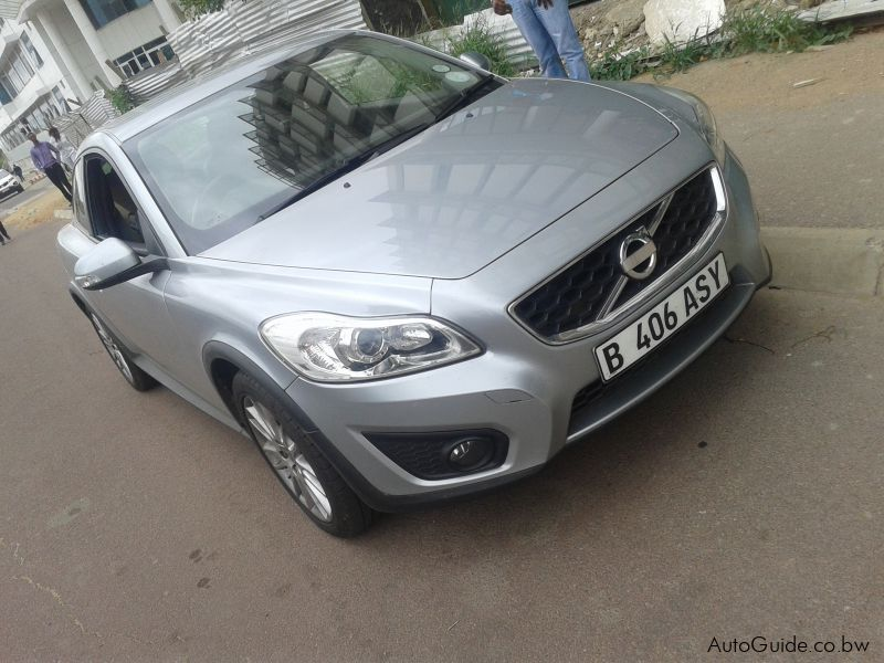 Used Volvo 2011 for sale in
