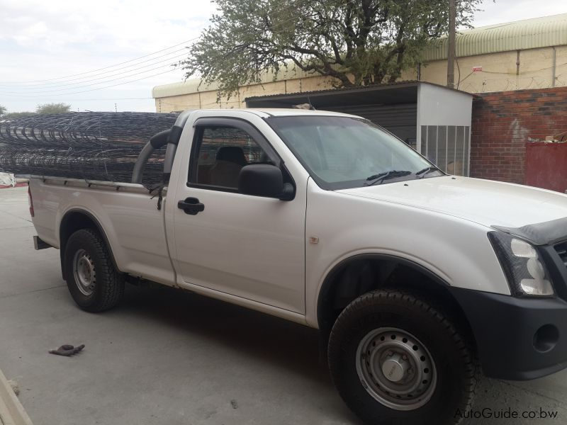 Pre-owned Isuzu KB 200 for sale in