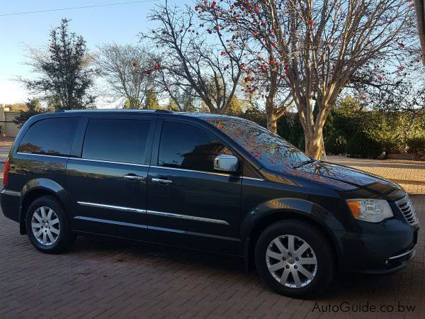 Pre-owned Chrysler Grand Voyager ( 7seater ) for sale in