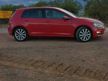 Pre-owned Volkswagen Golf 7 TSI for sale in