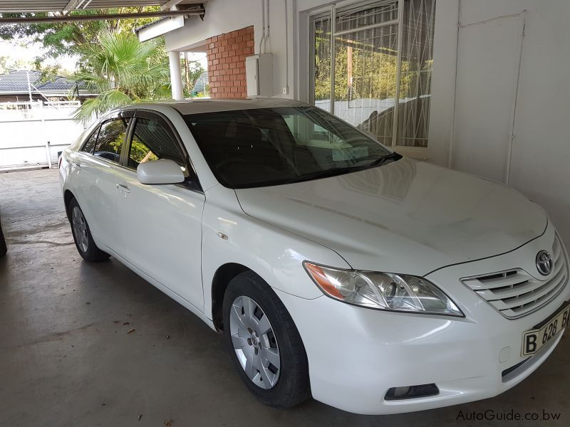Pre-owned Toyota CAMRY 1.6 VVTI for sale in