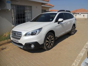 Pre-owned Subaru Outback 3.6R Premium for sale in