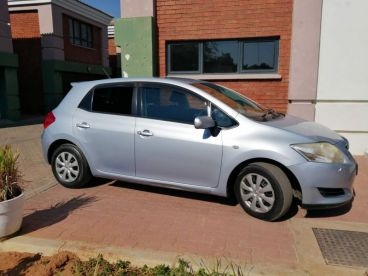 Pre-owned Toyota Auris 1.8 for sale in