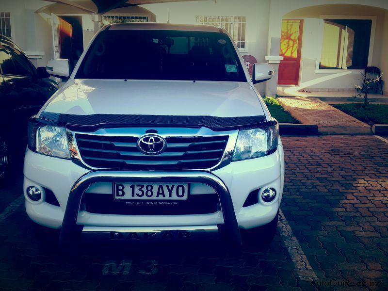 Used Toyota hilux dakar 2.7l for sale in